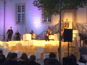 Theaterbeleuchtung | perfect sound GmbH